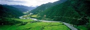 bhutan-meandering-river